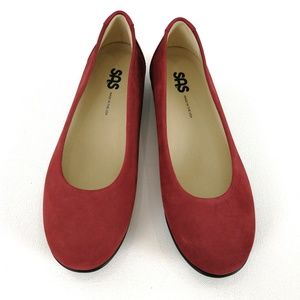 SAS Scenic Scarlet Red Suede Women's 6.5M